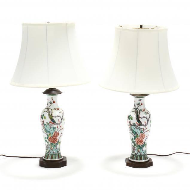 a-pair-of-chinese-export-porcelain-table-lamps