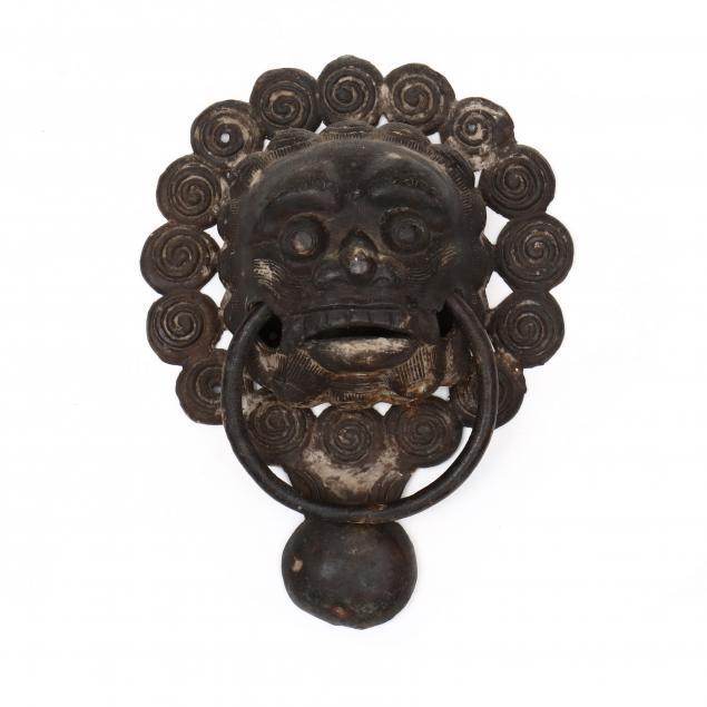 nepalese-lion-temple-door-knocker