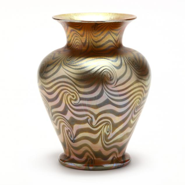 durand-i-king-tut-i-art-glass-vase