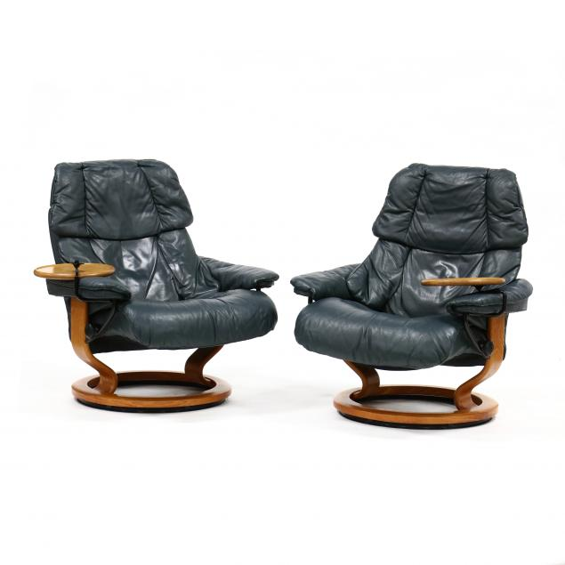 pair-of-ekornes-leather-stressless-lounge-chairs