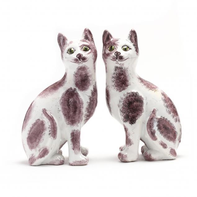 pair-of-delft-cat-figurines