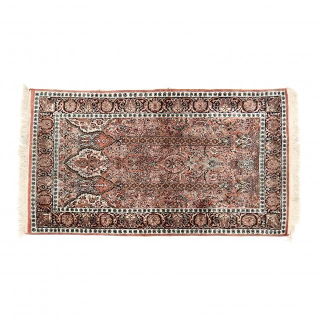 indo-persian-prayer-rug
