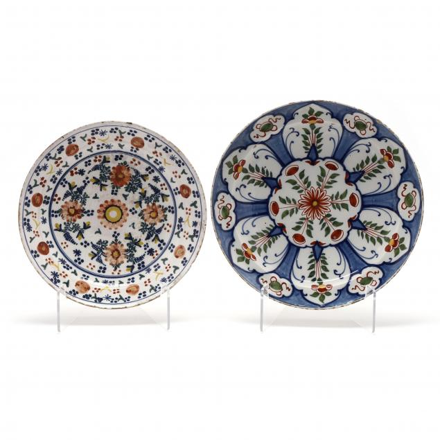 two-polychrome-delft-chargers
