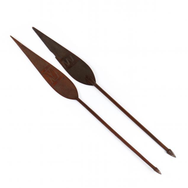 new-guinea-tribal-dance-paddles
