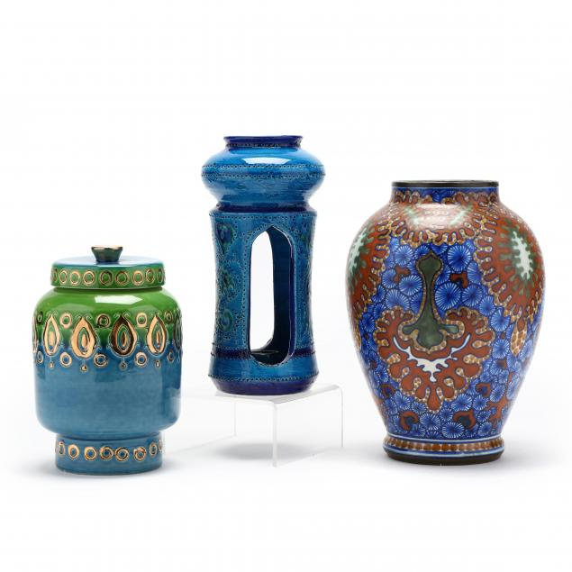 modern-pottery-grouping