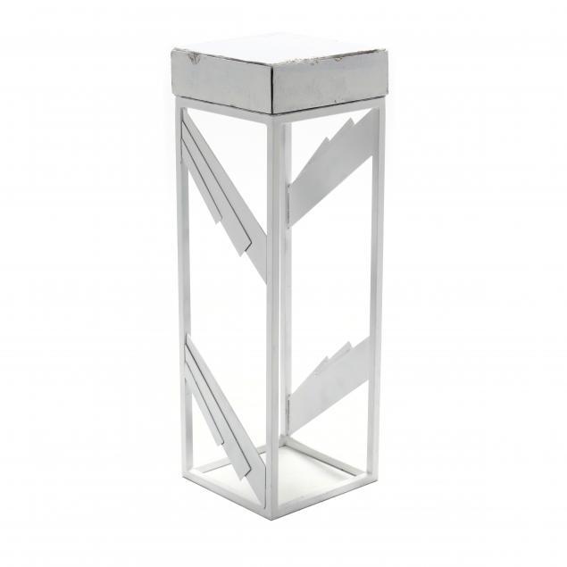 art-deco-style-display-pedestal