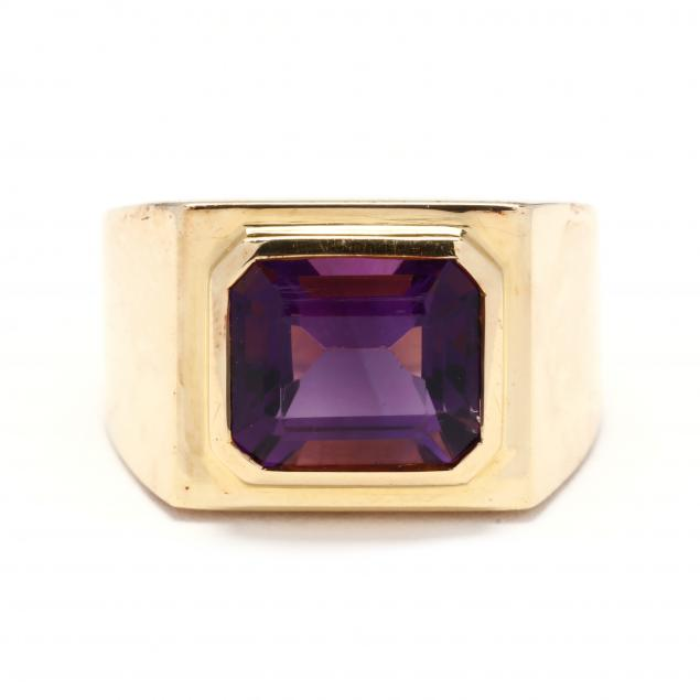18kt-gold-and-amethyst-ring