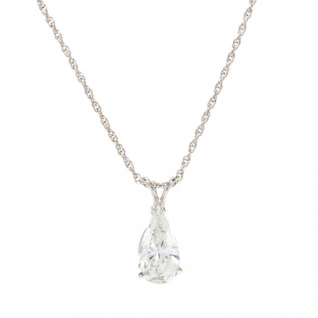 white-gold-and-pear-cut-diamond-pendant