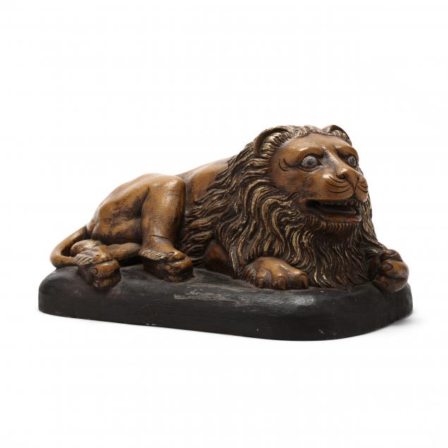 antique-continental-carved-and-giltwood-lion