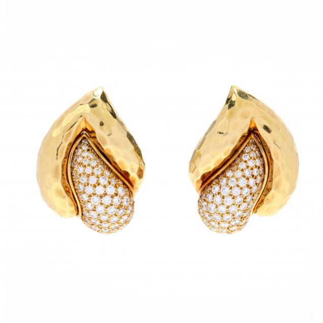 18kt-gold-and-diamond-earrings-henry-dunay