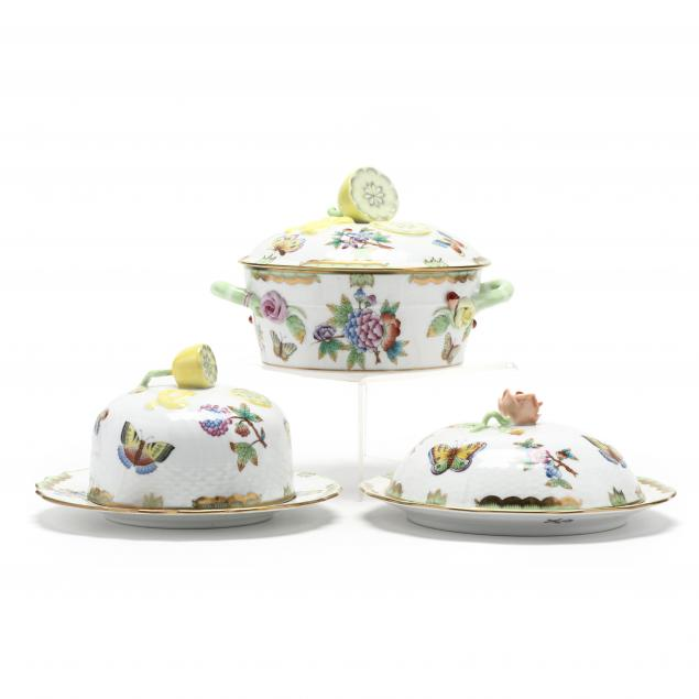 three-herend-i-queen-victoria-i-porcelain-covered-dishes
