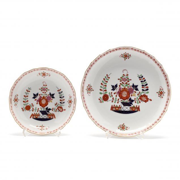 two-meissen-plates-chinoiserie-garden-design