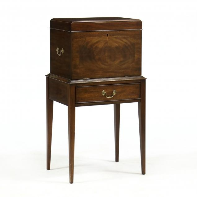 henkel-harris-federal-style-inlaid-mahogany-celarette