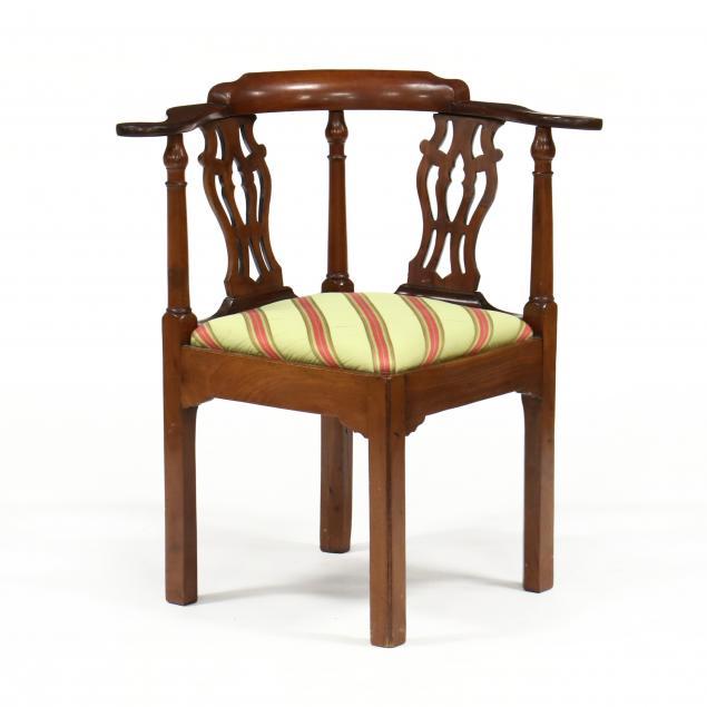 american-chippendale-mahogany-corner-chair