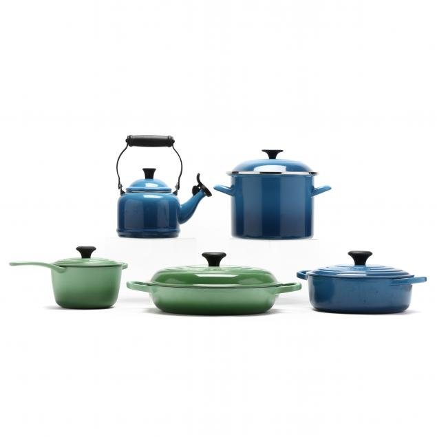 five-pieces-of-i-le-creuset-i-cookware