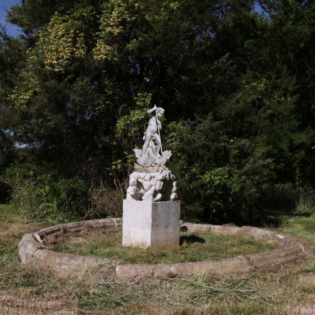 antique-baroque-style-carved-roman-marble-fountain