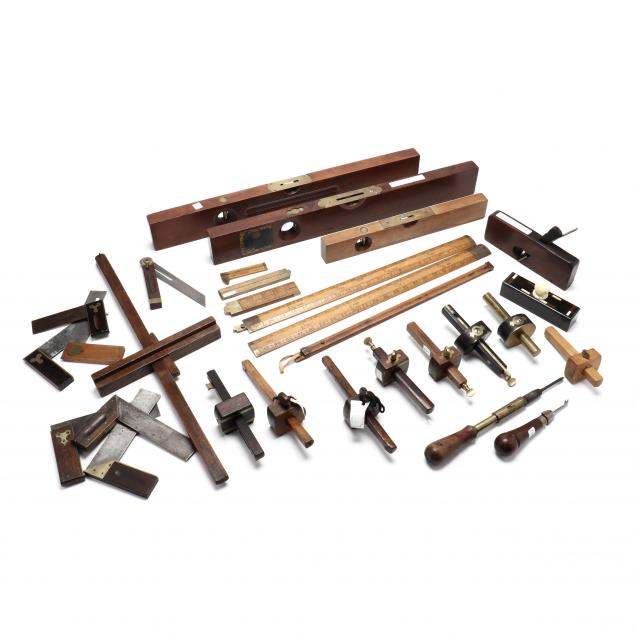 grouping-of-woodworking-tools-and-accessories
