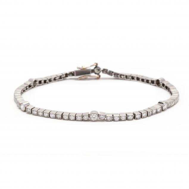 platinum-and-diamond-bracelet