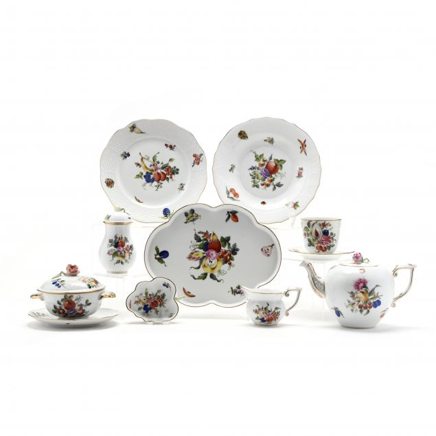 an-assortment-of-herend-porcelain-i-fruit-and-flowers-i-pattern