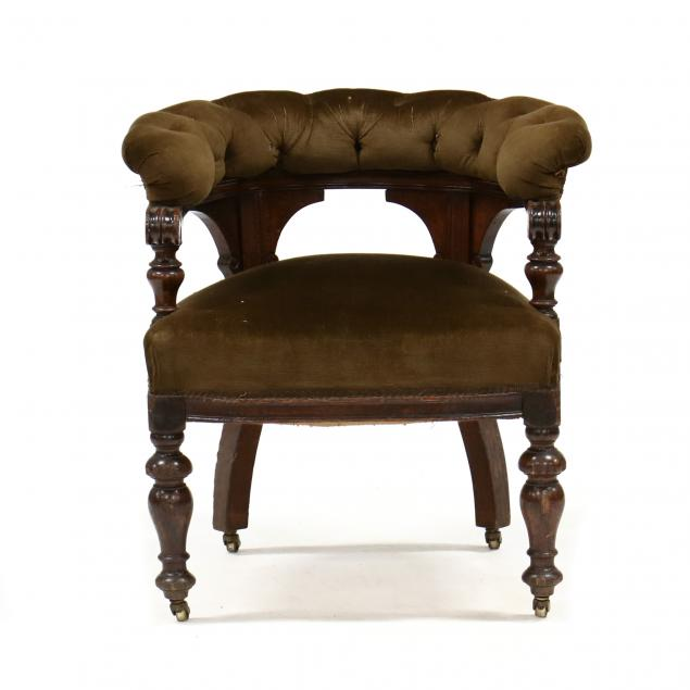 antique-english-gentleman-s-lounge-chair