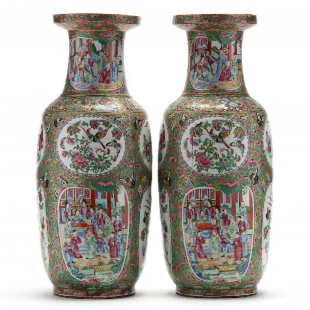 a-pair-of-chinese-export-porcelain-rose-medallion-rouleau-floor-vases