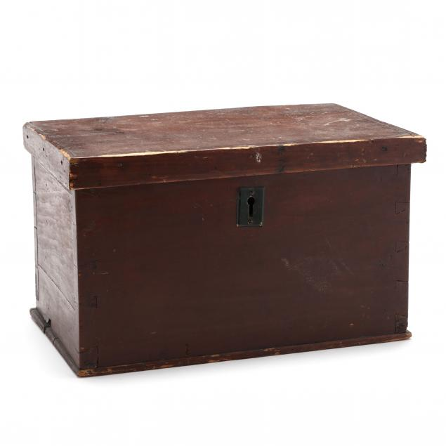 antique-painted-dovetailed-lock-box