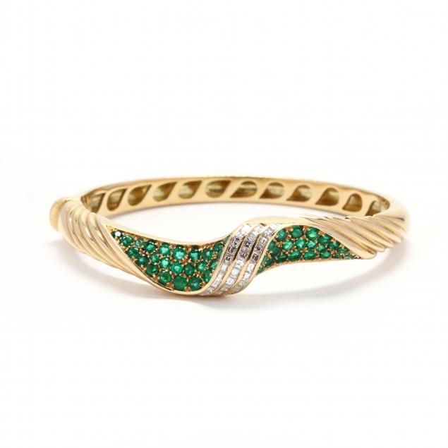 18kt-gold-diamond-and-emerald-bracelet
