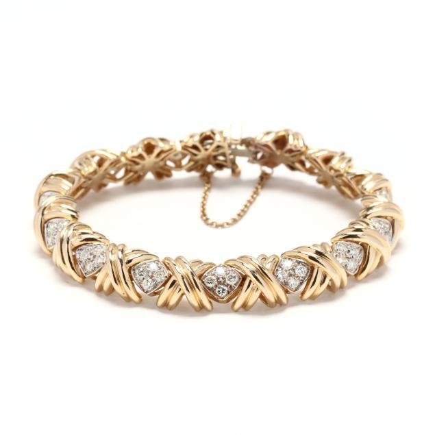 gold-and-diamond-bracelet