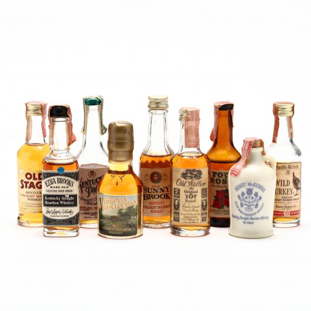 amazing-miniature-american-whiskey-collection
