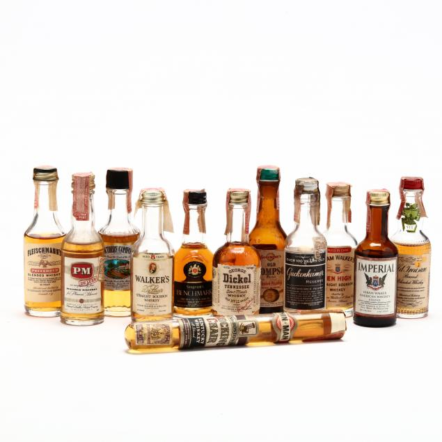 director-s-choice-miniature-whiskey-bottle-collection