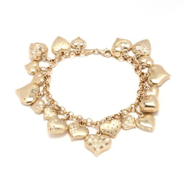 gold-heart-motif-charm-bracelet
