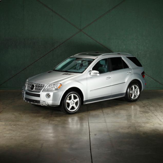 specially-equipped-2011-mercedes-benz-ml550-suv
