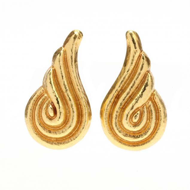 18kt-gold-ear-clips-lalaounis