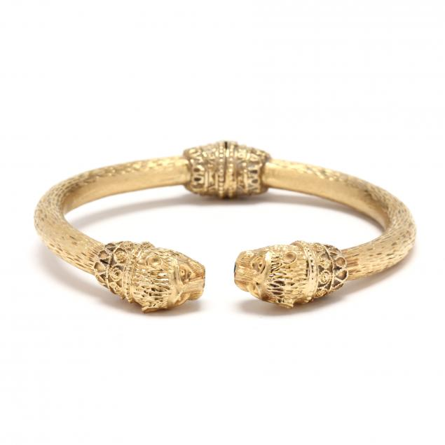 gold-and-panther-motif-cuff-bracelet
