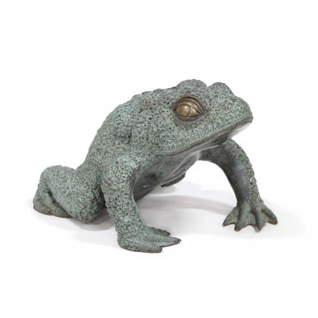 decorative-bronze-toad-sculpture