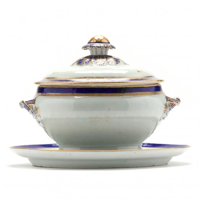 a-chinese-export-blue-enamel-and-gilt-soup-tureen-with-cover-and-underplate