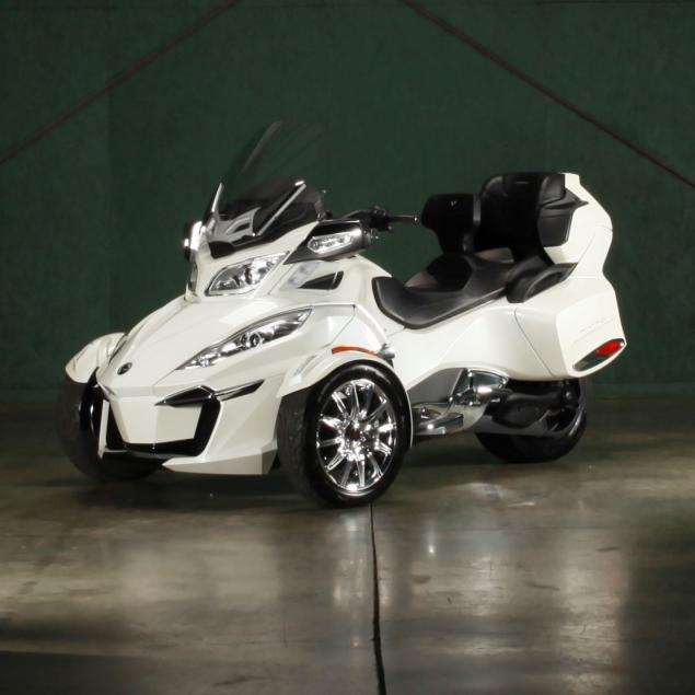 one-owner-2015-can-am-spyder-rt-limited