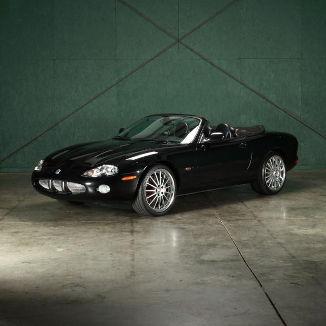 2002-jaguar-xkr100-convertible-100th-anniversary-edition