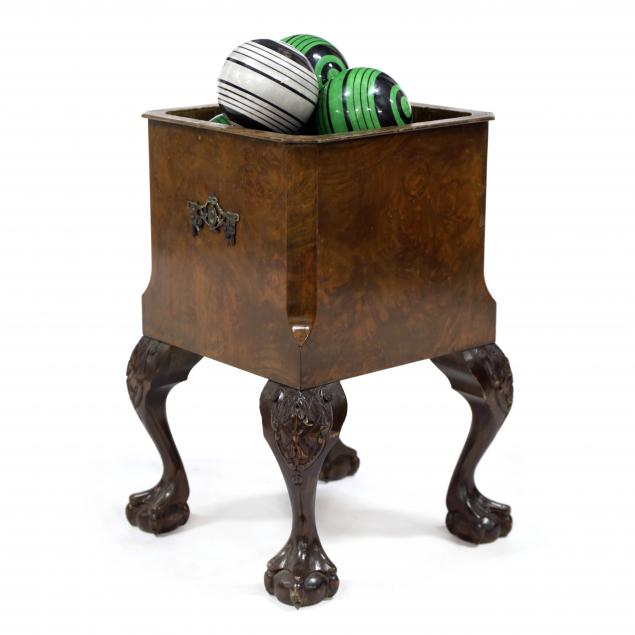 chippendale-style-planter-and-porcelain-balls