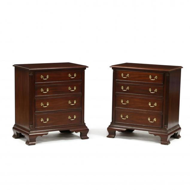 henkel-harris-pair-of-chippendale-style-mahogany-bedside-chests