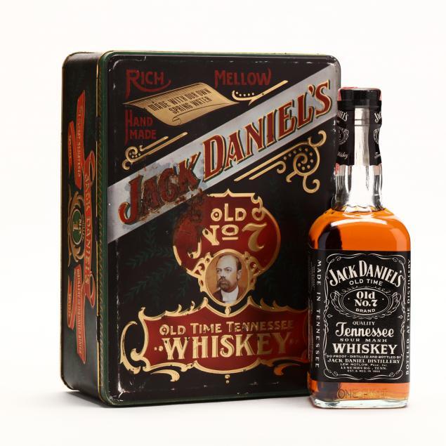 jack-daniels-whiskey-bottle-shot-glasses-gift-set-in-tin