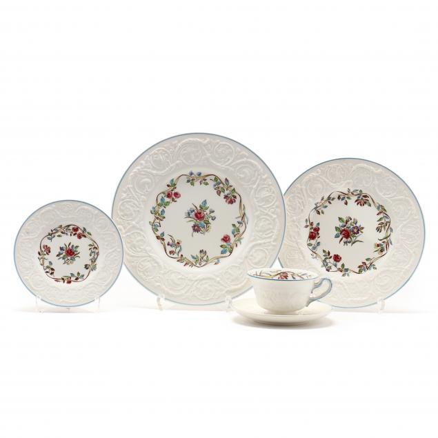 wedgwood-70-pieces-of-i-argyle-i-dinnerware