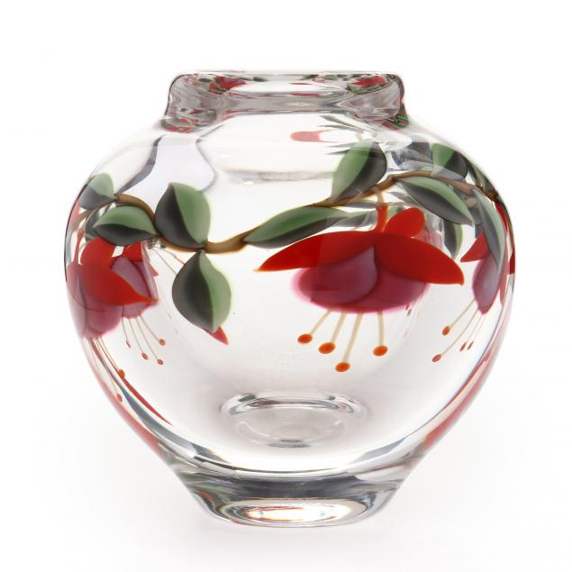 orient-flume-floral-glass-paperweight-vase