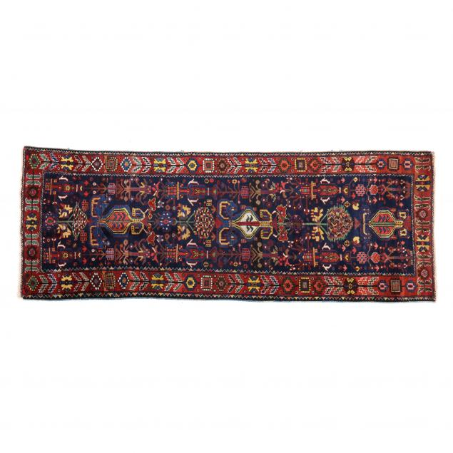 persian-long-rug