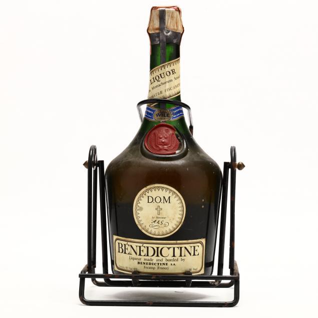 benedictine-d-o-m-liqueur