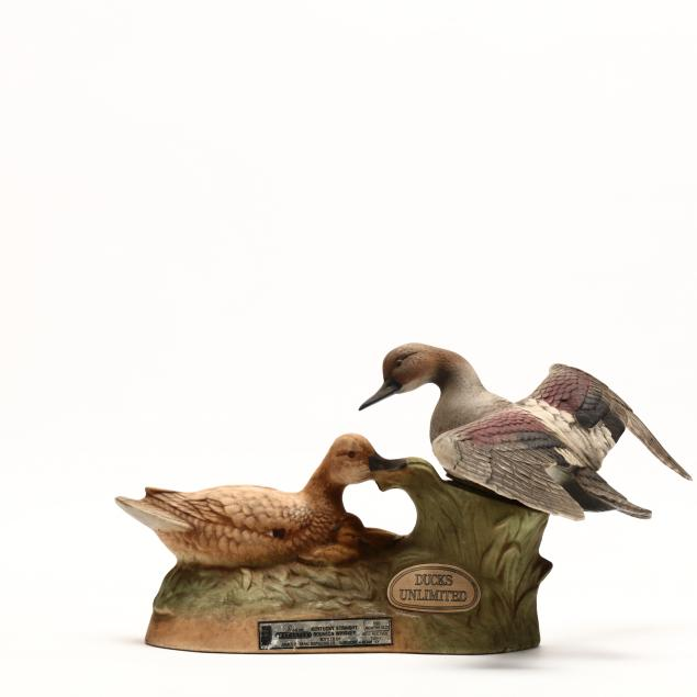 jim-beam-whiskey-in-ducks-unlimited-decanter